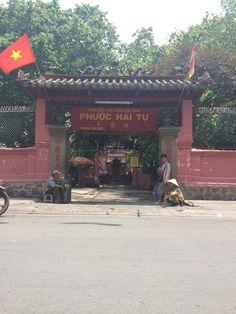 Jade pagode, in een afgelegen wijk buiten het centrum. De pagode is meer dan 100 jaar oud