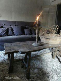 huizevizzini.nl Gray Interior, Home Interior, Interior Design, Dark Interiors, Rustic Interiors, Living Room Styles, Style Rustique, Minimalist Living, Wabi Sabi