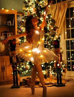 ballerina with holiday lights in background Ballet Beau, Ballet Art, Baby Ballet, Ballerina Photography, Dance Photography, Photography Ideas, Dance Photos, Dance Pictures, The Night Before Christmas