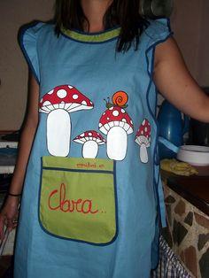 Marilina RegalayRegálate: Clara y su delantal pintado a mano :)