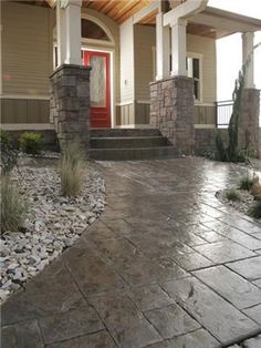 Stamped concrete walkway and front porch. Love the masonry on the pillars. by Hercio Dias Stamped Concrete Designs, Stamped Concrete Walkway, Concrete Patio, Stained Concrete Driveway, Concrete Color, Decorative Concrete, Front Yard Walkway, Beton Design, Building A Deck
