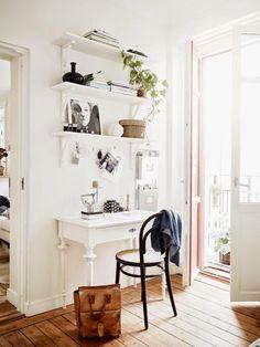 Jak urządzić małe mieszkanie: 10 inspiracji na miejsce do pracy