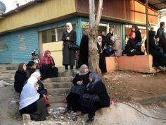 Un convoi de rebelles évacués de Syrie arrive au Liban !!! • Hellocoton.fr