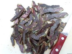 Easy recipe and directions for making healthy organic delicious biltong at home. How to make authentic South African tasting biltong and dry wors. Metal Paper Clips, How To Make Chili, Biltong, Smoker Cooking, South African Recipes, Distilled White Vinegar, Dehydrated Food, Venison, Spice Mixes