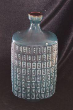 Keramik-Vintage-Blumenvase-gruen-Fenster-Dekor-15x32cm-60-70erJ-gebraucht-0230