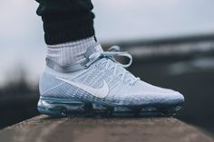 """A Closer Look at the Nike Air VaporMax Flyknit """"Pure Platinum"""""""