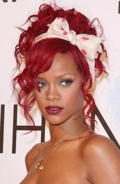 Rihanna rocks this fiery look #style #beauty