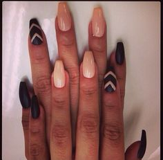 Nude & black detail nails