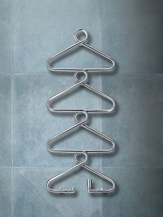 Coat hanger radiator