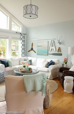 You'll love this light bright and cheery spring home tour at the happy housie-7