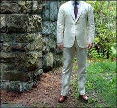 stylepoints:  voxsart:  98°F In The Shade. The first day of summer is a good time for the unlined cream Irish linen suit.  This  anything I've seen out of Pitti this week.