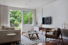 Reforma de apartamento na Lagoa projetado por Marcelo Moura da Tripper Arquitetura
