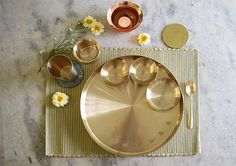 Merging tradition with modernity, our kansa thali will enrich your festive meals and bring grandeur to your dining table. The Tulsi Kansa Thali / Platter is our signature piece in the 2015 Metal Eclectic collection. Kitchen Items, Home Decor Kitchen, Kitchen Utensils, Kitchen Goods, Traditional Decor, Traditional Kitchen, Copper Utensils, Kitchen Modular, Indian Kitchen