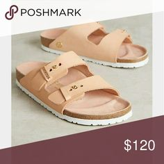 Birkenstock Arizona Sandals- powder leather size 8 Barely used light pink Arizona sandals. Bought last summer and worn just a few times. Birkenstock Shoes Sandals