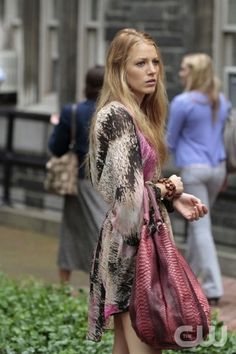"""""""The Undergraduates"""" Pictured Blake Lively as Serena Gossip Girl PHOTO CREDIT:  GIOVANNI RUFINO/ THE CW ©2010 THE CW NETWORK.  ALL RIGHTS RESERVED"""