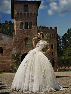 A true fairytale gown from Amelia Casablanca