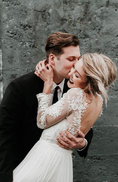 Sweetness overload with this beautiful couple and their artsy, modern style in this Portland wedding | Image by Karra Leigh Photography