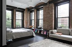 36 Ideas Apartment Style New York Loft Dream Apartment, Apartment Interior, Bedroom Apartment, Industrial Loft Apartment, Industrial Living, Industrial Style, Industrial Door, Apartment Ideas, Industrial Bedroom