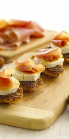 Goat Cheese, Fig And Proscuitto Crostini