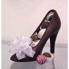 Chocolate High Heel Shoe MILK - http://bestchocolateshop.com/chocolate-high-heel-shoe-milk/