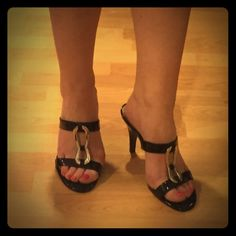 LIKE NEW‼️ Alfani Classic Patent Leather Sandal. Alfani black patent leather sandals, with silver accent. Classy and sexy! Size 8.5. Only worn once! Alfani Shoes Sandals