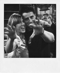 Friends - Jen and Matt Friends Tv Show, Serie Friends, Friends Cast, Friends Moments, Friends Forever, Best Friends, Friends Episodes, Movies And Series, Best Series
