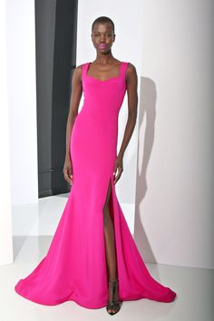 Christian Siriano | Pre-Fall 2016 | 25 Pink sleeveless maxi dress with side slit