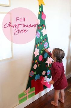 Árvore de feltro - DIY - 10 ideias de decoração de Natal para fazer com as crianças   Macetes de Mãe