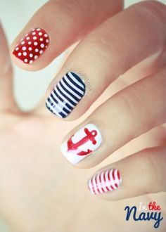 nautical nails, navy nails, great nails for homecoming! Nail Art Diy, Cool Nail Art, Cute Nails, Pretty Nails, Gorgeous Nails, Sailor Nails, Nail Art Designs, Nautical Nail Art, Nautical Theme