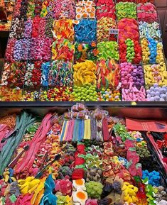 #colorful#colors Junk Food Snacks, Rainbow Food, Sour Candy, Colorful Candy, Food Platters, Food Goals, Candy Shop, Aesthetic Food, Food Cravings