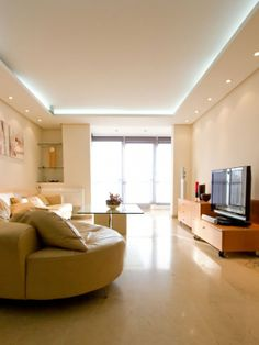 1.399 usable sqft luxury apartment for sale in Nervion, Seville
