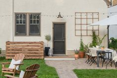How to Deck Over An Ugly Cement Stoop | Apartment Therapy