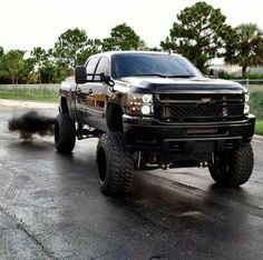 Mudding with lifted chevy truck - - Yahoo Image Search Results Jacked Up Chevy, Lifted Chevy Trucks, 4x4 Trucks, Chevrolet Trucks, Diesel Trucks, Cool Trucks, Mudding Trucks, Chevrolet Silverado, Chevy 2500hd