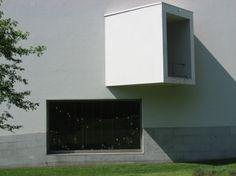 Serralves Museum of Contemporary Art, Porto - Alvaro Siza Vieira