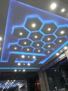 Jaw-Dropping Useful Tips: False Ceiling Patterns Living Rooms false ceiling gray.False Ceiling With Wood false ceiling diy laundry rooms.False Ceiling Diy Home. House Ceiling Design, Ceiling Design Living Room, Bedroom False Ceiling Design, False Ceiling Living Room, Living Room Designs, Living Rooms, Design Hotel, Gypsum Ceiling, Plafond Design