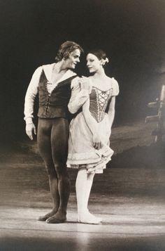 Mikhail Baryshnikov & Gelsey Kirkland in 'Giselle'