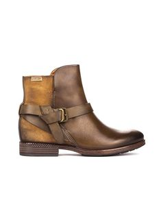 Ugg Ankle Boots, Sneaker Boots, Moda Online, Uggs, Outfit Ideas, Stitch, Sneakers, Outfits, Shoes