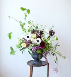 Some great tips on becoming a local florist from Alethea & Jill of Studio Choo! Table Flowers, Love Flowers, Fresh Flowers, Beautiful Flowers, Wedding Flowers, Beautiful Lines, Purple Wedding, Wedding Bells, White Flowers