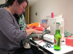 Dining Room Empire: Ten Tips for Machine Quilting Large Quilts. I especially like tip #4 ! HA!