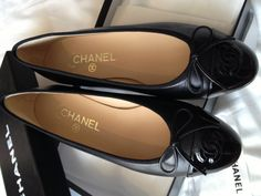 Chanel classic ballet flats