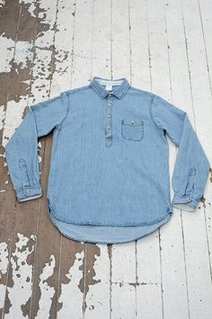 I like the idea of a pull over button up. Could see this being layered! Boy Outfits, Fashion Outfits, Mens Fashion, Denim Outfit, Work Shirts, Casual Jeans, Gentleman Style, My Wardrobe, Work Wear