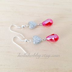 Hey, I found this really awesome Etsy listing at https://www.etsy.com/listing/213749126/red-teardrop-earring-red-dangle-earrings