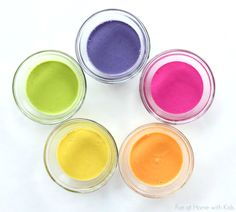 Try these paints, beautiful and easy to make!!  Super easy no-cook naturally dyed fingerpaints for babies or toddlers - and it's taste-safe!  From Fun at Home with Kids (Pinned by Super Simple Songs).
