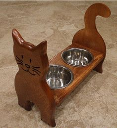 I am making this for my kitty for Christmas. Cat Crafts, Wood Crafts, Small Wood Projects, Dog Feeder, Cat Room, Pet Furniture, Animal Projects, Diy Stuffed Animals, Wood Art