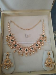 Gold Ring Designs, Gold Jewellery Design, Long Pearl Necklaces, Short Necklace, Bridal Necklace Set, Bridal Jewelry, Red Stones, Gold Jewelry Simple, India Jewelry