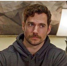 He is so handsome! Henry Caville, King Henry, Superman Cavill, Henry Superman, Charles Brandon, Henry Cavill Beard, Gentleman, Daddy, Man Of Steel