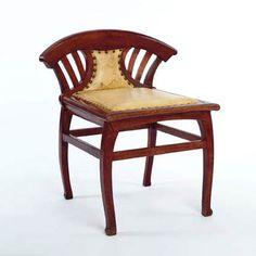 "Henry Van De Velde (1863-1957) - Dressing Table Chair. Oak. Circa 1897-1900. 26-1/4"" (67cm)."