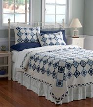 LL Bean Nantucket Quilt...sure I could figure out how to make one similar to this on my own