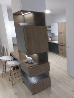 Návrh posuvných dverí do kuchyne na oddelenie kuchyne od obývačky.