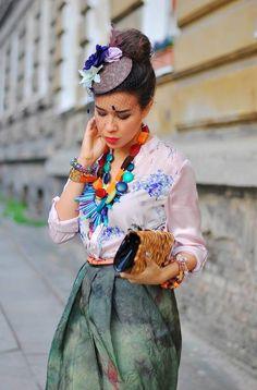 Retro Lady & Modern Spirit  by Macademian Girl